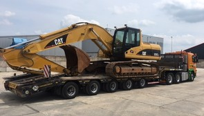CAT 325CL SOLD TO MORROCO