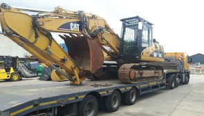 CAT 325CLN SOLD TO KENIA